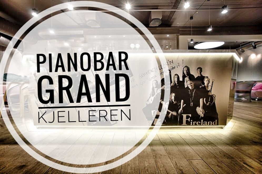 pianobar i grand kjelleren